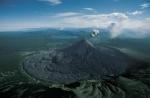 Eruptia vulcanului Karimskii, Kamchatka